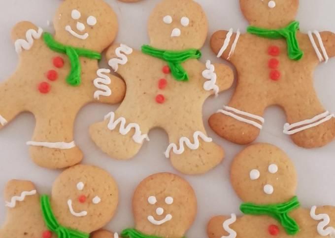 Petits bonhommes de Noël sablés au pain d'épices
