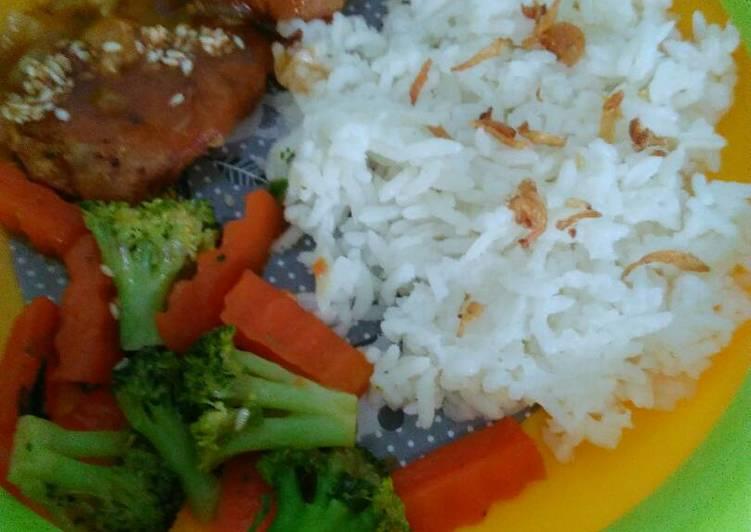 Fillet ikan dori saus madu (menu batita)