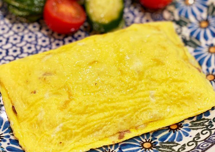 Recipe of Ultimate Simple omlet with ground meat and onions
