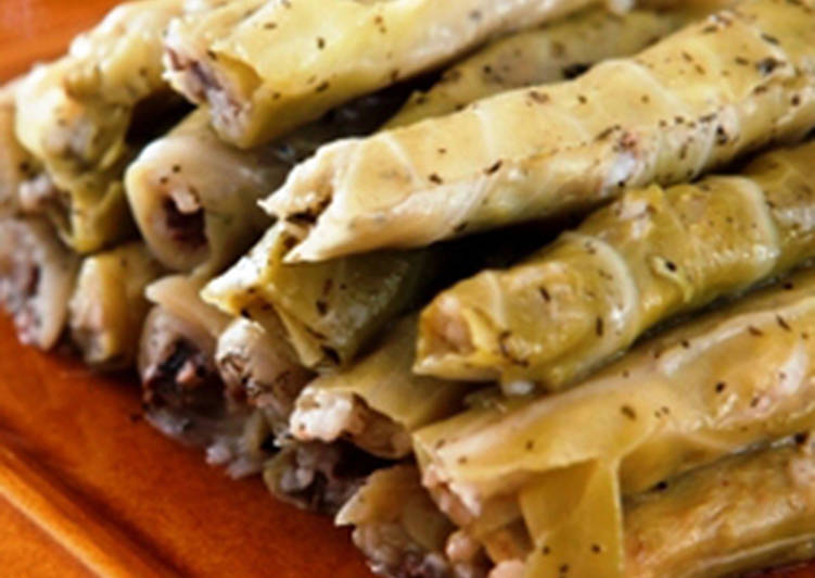 Easiest Way to Prepare Any-night-of-the-week Stuffed cabbage leaf rolls - Warak malfoof mehshi