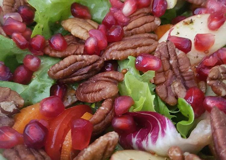 Simple Way to Prepare Award-winning Pomegranate, Pecan, Apple salad