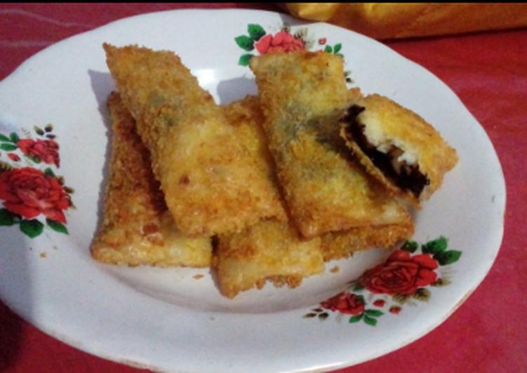 Fried Choco Banana Spring Rolls