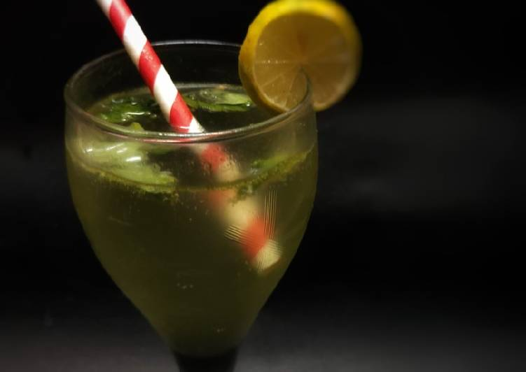 Step-by-Step Guide to Make Ultimate Mint Lemonade