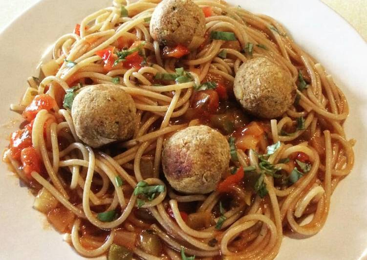 Step-by-Step Guide to Prepare Quick Vegan Meatballs Spaghetti