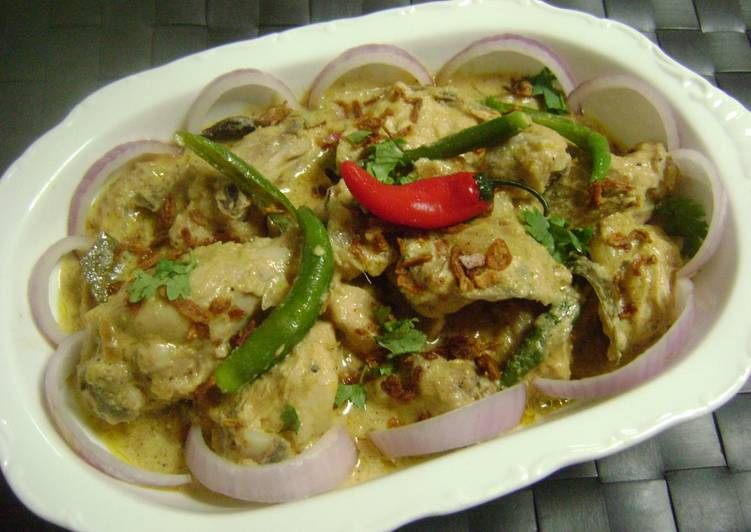 Steps to Make Any-night-of-the-week Murgir (Chicken) Korma - Bengali Style