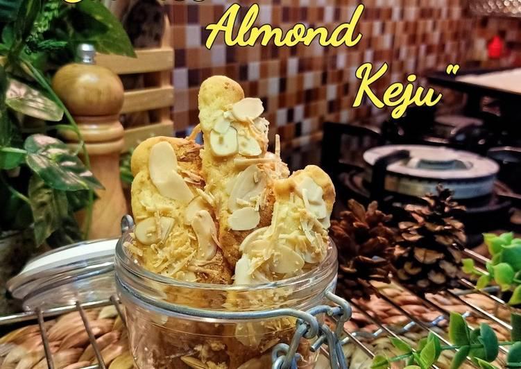 Cookies almond keju