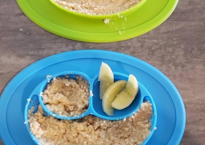 BLW Pear/Apple Oatmeal