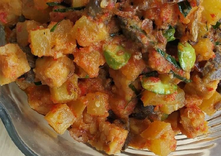 Sambal goreng ati kentang tempe