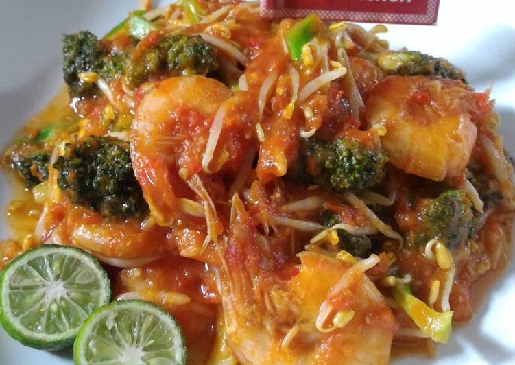 Tumis Udang Brokoli Tauge (Diet Enak Diabetes)