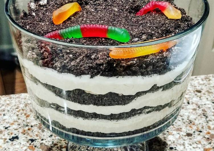 How to Cook Tasty Dirt Cake