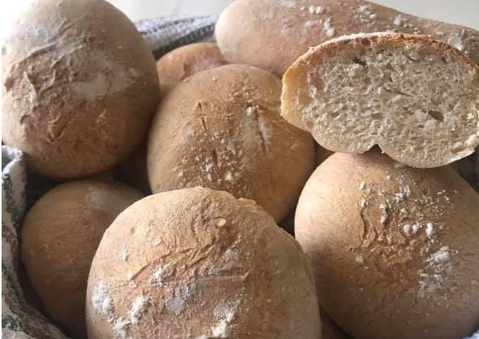 Petits pains individuels tradition