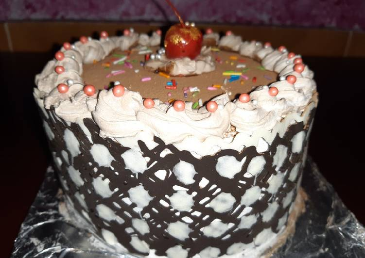 Polka Dot Chocolate Icing cake