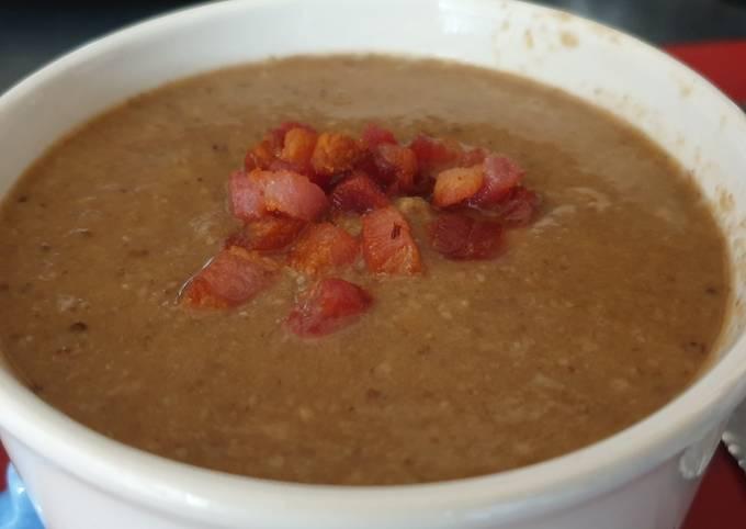 Mushroom and Smoked Bacon Soup