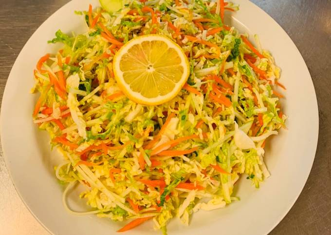 Salad Wortel Dan Kol Segar