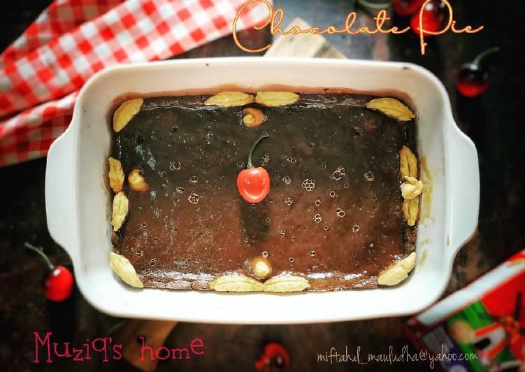 Simple chocolate pie