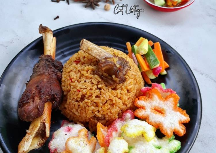 Nasi Kebuli Kambing + Acar - cookandrecipe.com