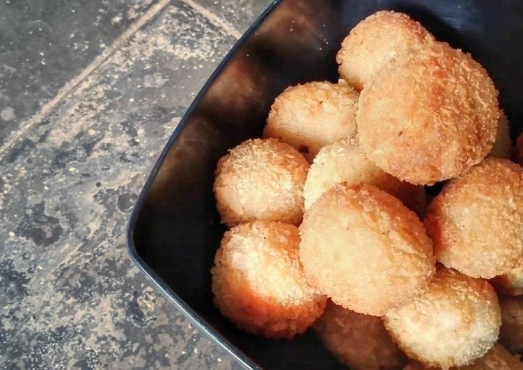 Cilok Krispi Mozzarella / Crispy Tapioca Balls With Mozzarella