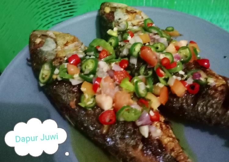 Ikan Kembung Goreng Sambel Dabu sederhana
