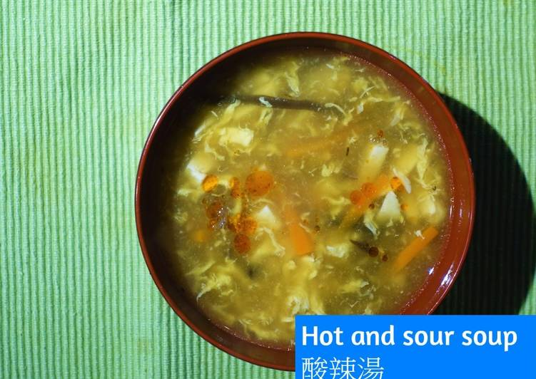 Hot and sour soup (No meat & Easy)