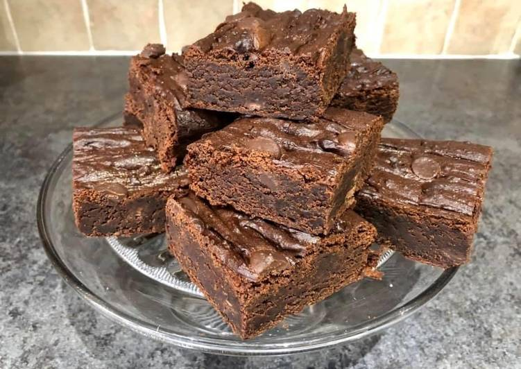 Simply the BEST Vegan Chocolate Brownies (in my opinion!)