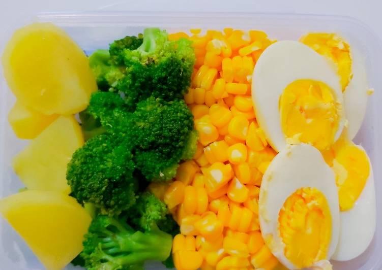 Salad sayur sehat ala mamirica