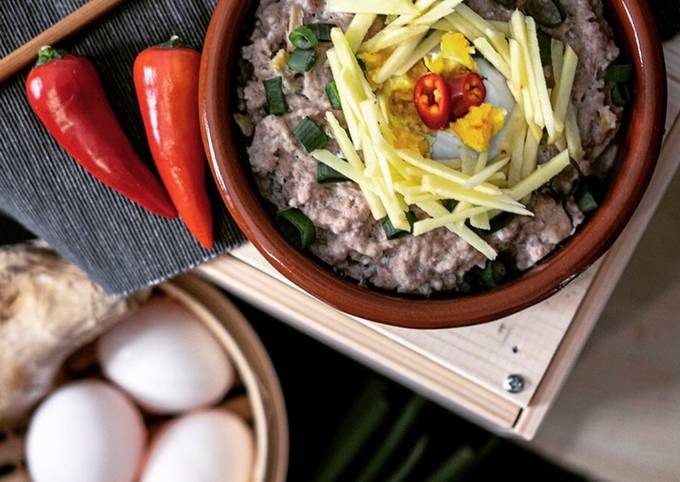 Chinese Steamed Pork with Salted Egg