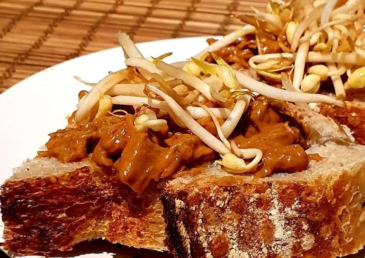 Recipe: Delicious Chicken satay toast ????