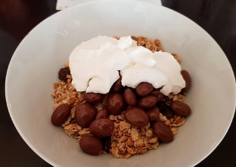 How to Make Tasty My Granola & Chocolate Raisons. 😁