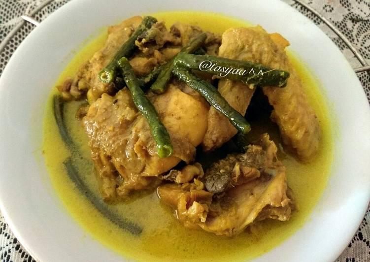 Kari Ayam Jawa Timur