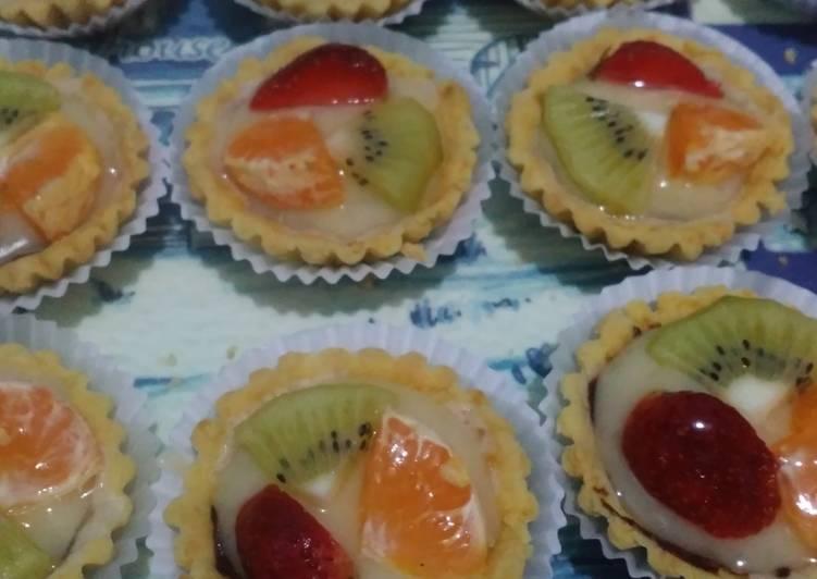 Fruit pie crunchy dan lembut