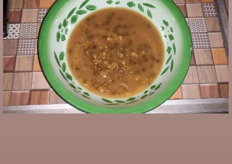 Bubur Kacang ijo (Warna nya pasti ijo)