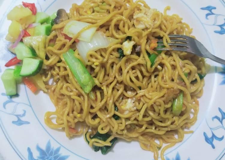 Mie Goreng Vegetarian (Chinese Food)