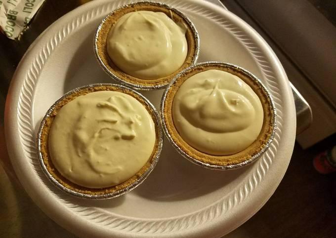Lemonade Pie(s)