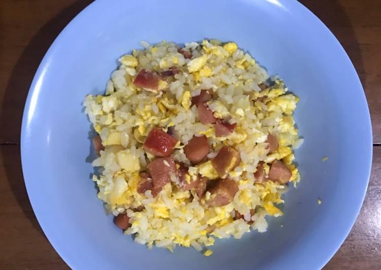 Bagaimana Membuat Makanan Anak Nasi Goreng Telur Sosis yang Sempurna