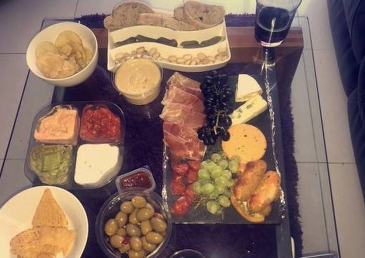 Easiest Way to Make Super Quick Homemade Cheese board
