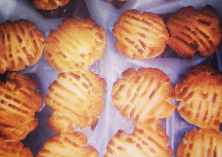 Steps to Prepare Super Quick Homemade Banting Peanut Butter Coconut Biscuits