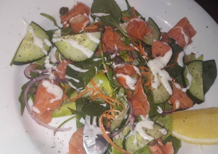 Recipe: Appetizing Salmon salad
