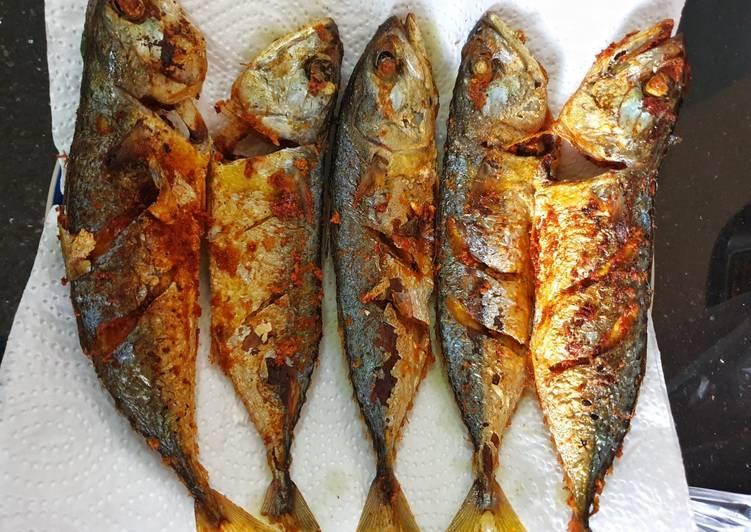 Ikan Kembung Goreng Kuning / Kunyit
