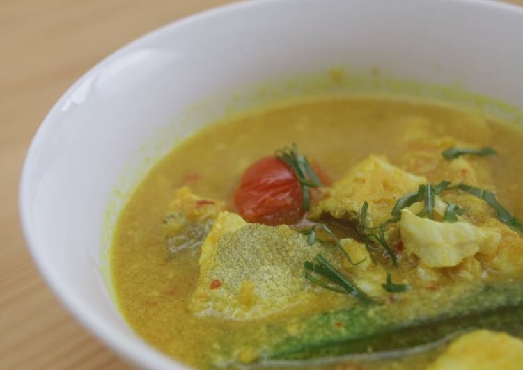 Steps to Prepare Perfect Spicy sour monkfish stew