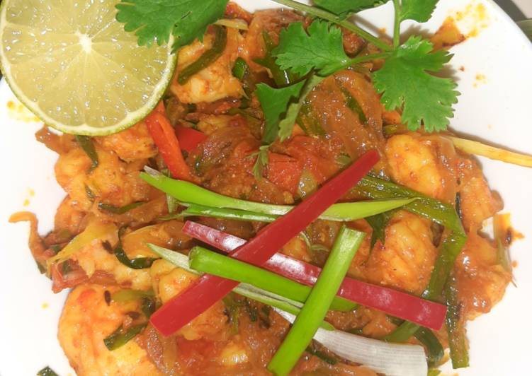 Foods That Make You Happy Prawns with green onions spring onions