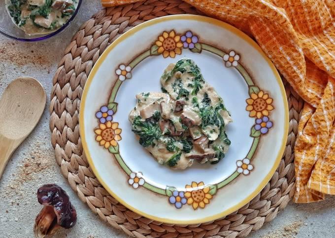 Pollo ai funghi porcini e spinaci