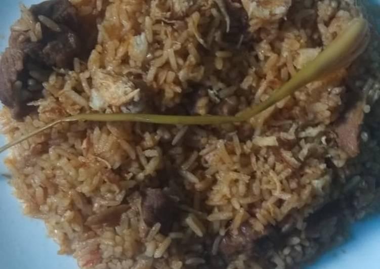 Nasi kebuli daging sapi