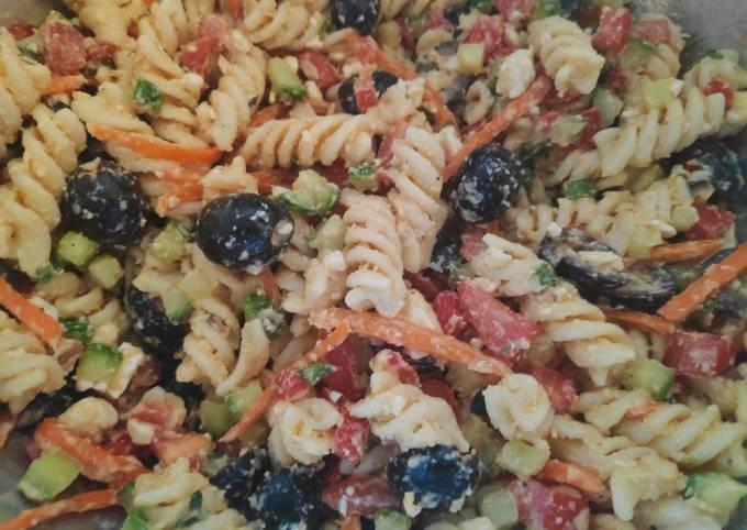 How to Make Appetizing Greek Pasta Salad (Version 2)