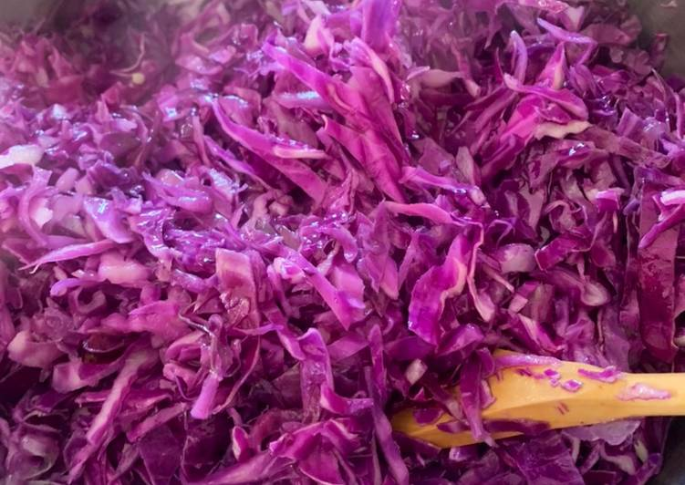 Tangy Red Cabbage