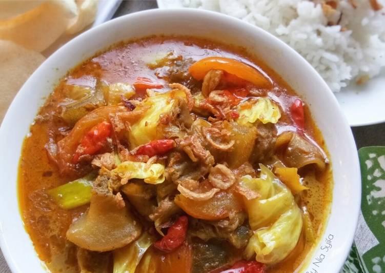 Tongseng Kikil Sapi