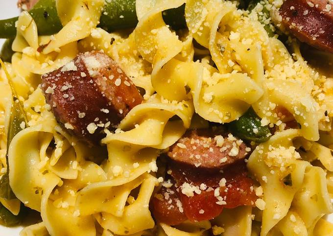 One Pot Smoked Beef Sausage with Green Beans and Noodles