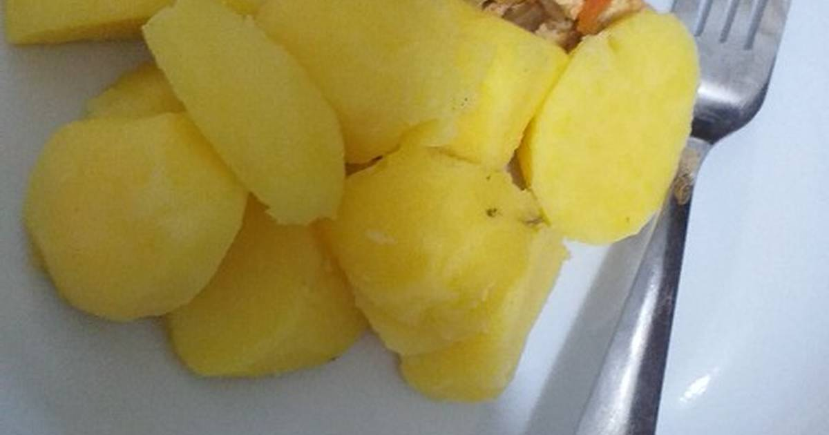 Boiled Potatoes With Egg Sauce Recipe By Om Ziyad Kitchen Cookpad