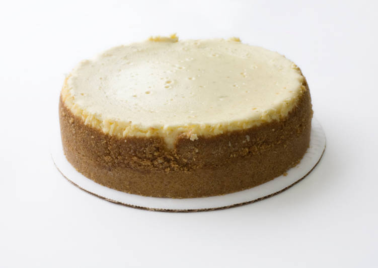 Simple Way to Prepare Any-night-of-the-week Amaretto Cheesecake