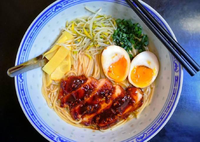 Miso râmen au poulet teriyaki