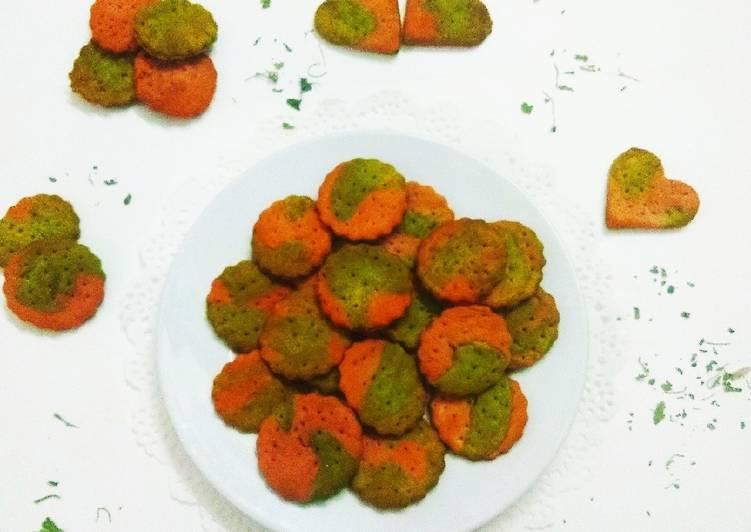 Baked Spinach Beet Mathri